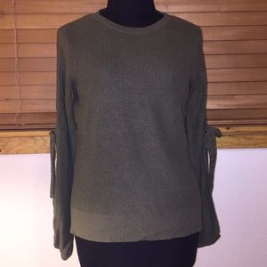 American Eagle Lightweight Sweater- Small - Olive